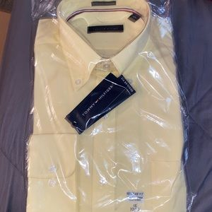 Brand new Tommy Hilfiger dress shirt! This is a regular fit